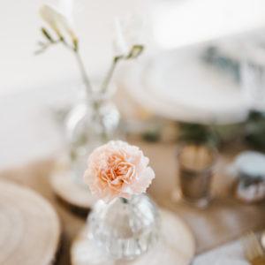 garrigue décoration vase rondin de bois centre de table décoration mariage
