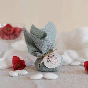 aumônière de dragées amandier étiquette ronde bloom cadeau personnalisé mariage
