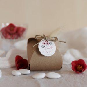 boite dragées kraft étiquette ronde bloom cadeau personnalisé mariage