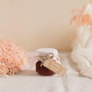 pot confiture rose clair étiquette rectangle champetre cadeaux personnalisé mariage