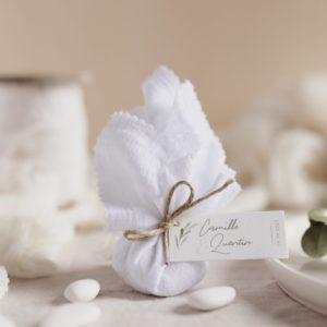 aumônière de dragées blanc étiquette rectangle garrigues cadeau personnalisé mariage