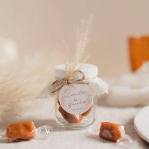 pot de caramels pampa latte cadeau invité mariage personnalisé