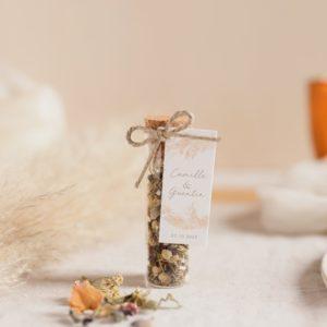 tube infusion fleurs pampa cadeau invité mariage personnalisé