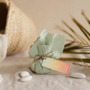 aumônière de dragées vert d'eau étiquette rectangle sunset cadeau personnalisé mariage