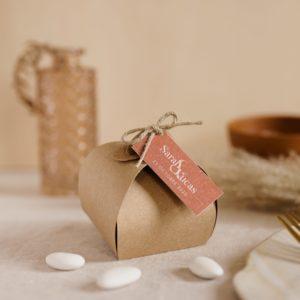 boite de dragées kraft étiquette rectangle terracotta cadeau personnalisé mariage