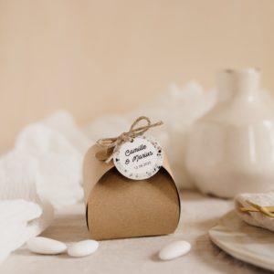 boite de dragées kraft étiquette ronde terrazzo cadeau personnalisé mariage